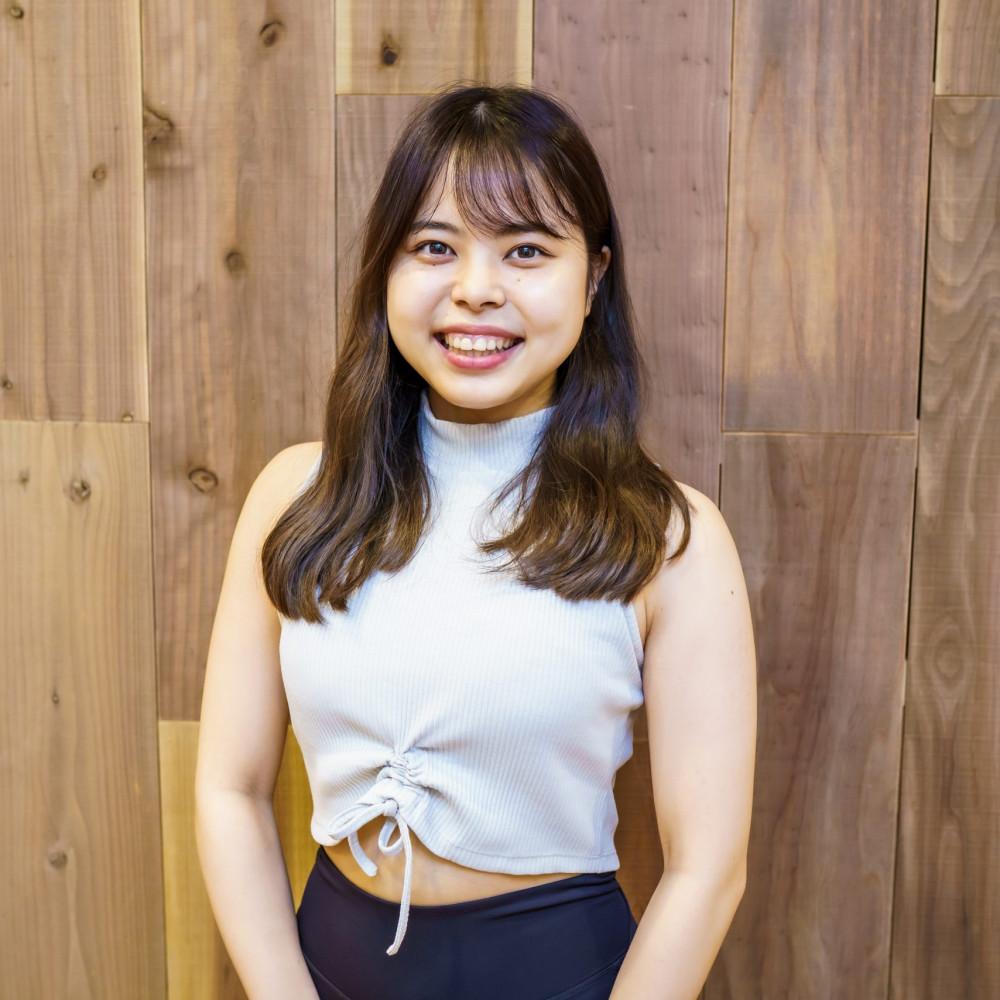 恵比寿ヨガ ヨガスタジオ「studioGOD」のヨガインストラクター:実咲